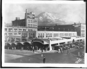 001101-13_-_MARKET_ST__Tacoma_1927