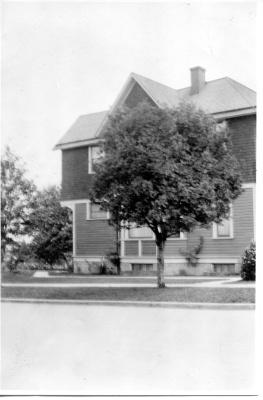 224 N Yakima. 1912