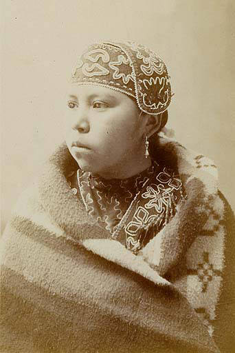 Puyallup_woman_named_Minnie_Richards_Washington_1899