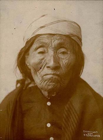 Puyallup_woman_named_Sarah_Wanachin_Washington_1899
