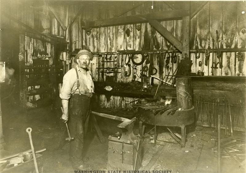 PgtSndLumbr.blacksmith.1920