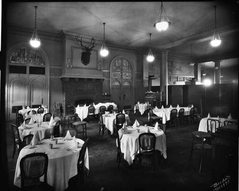 1925.dinner