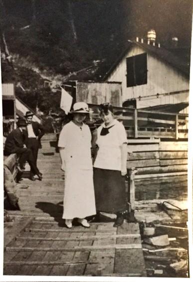 Salmon Beach.1915.2