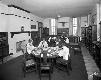 1925, Library